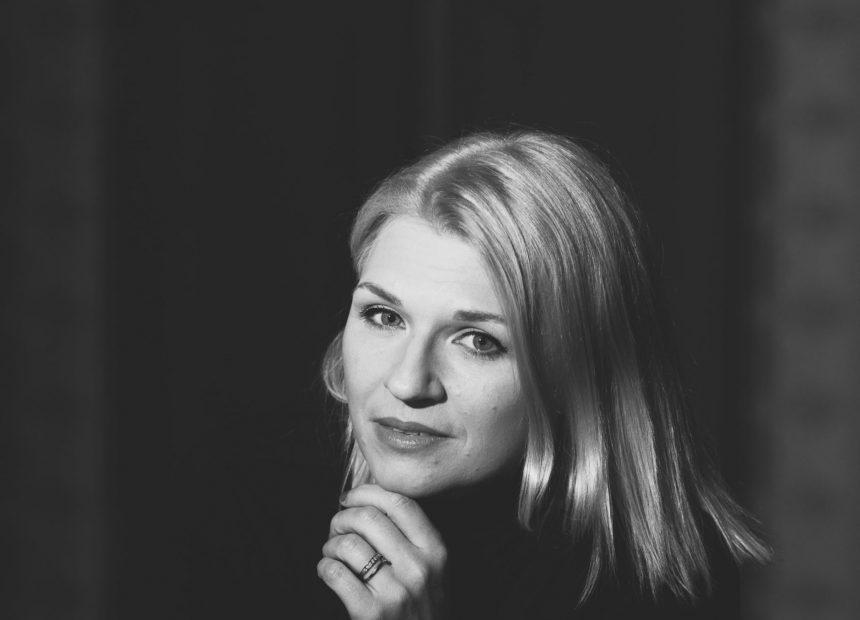 Näyttelijä Regina Launivuo